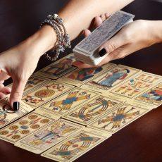 Para qué puede servirte consultar el Tarot
